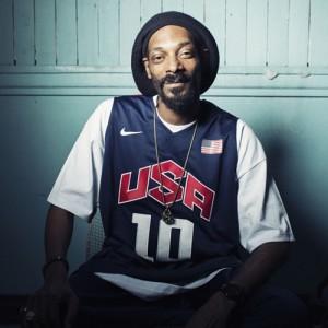 Snoop Lion (Snoop Dogg) — Smoke The Weed (Feat. Collie Buddz)